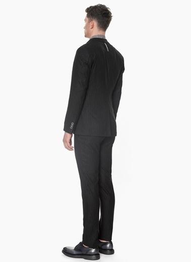 Que Takım Elbise Siyah